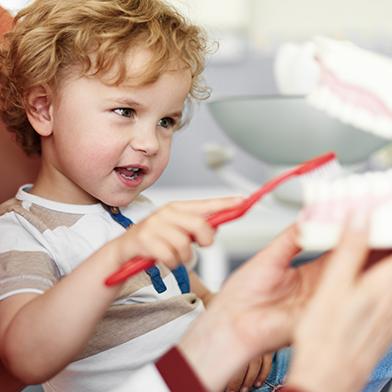 Brushing routine of child